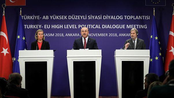Ankara'da AB-Türkiye zirvesi: Türkiye'ye insan hakları eleştirisi