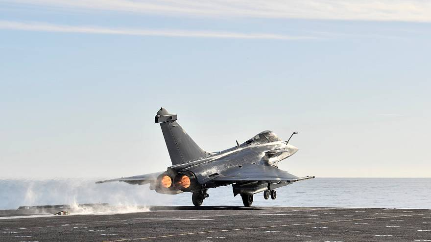 Germany and France agree on new joint fighter jet contract