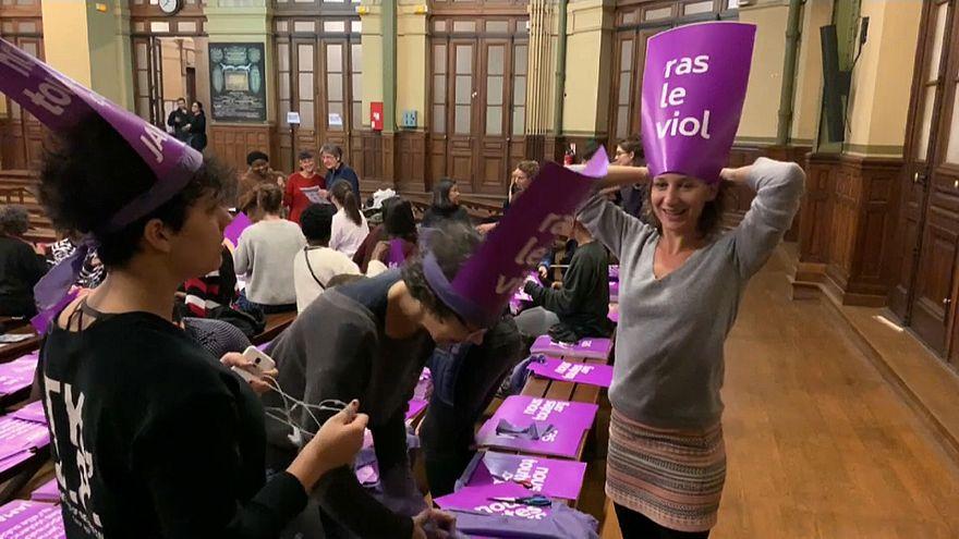 آلاف النساء سيتظاهرن في باريس يوم 24 نوفمبر