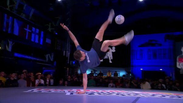Varsavia: i campioni mondiali di street freestyler