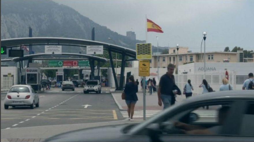 """Гибралтар: """"решать не Испании"""""""