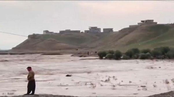 Irak'ta sel suları dört çocuk, üç kadının ölümüne sebep oldu