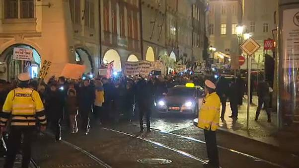 Czechs protest for the prime minister's resignation