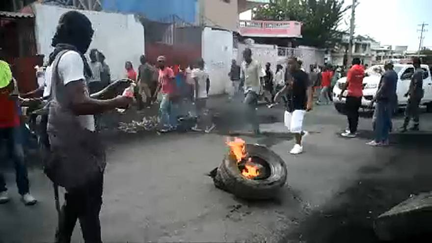 Calls for Haiti's president to resign intensifies