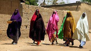 Nijerya'da silahlı kişiler 15 kız çocuğunu kaçırdı