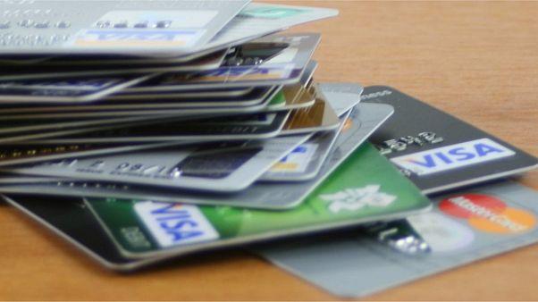 İsveç'te nakitsiz hayat: Mikroçipliler arttı, banka soygunları azaldı