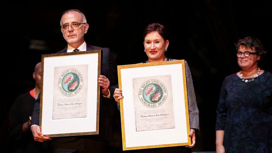 Three imprisoned Saudi lawyers receive award