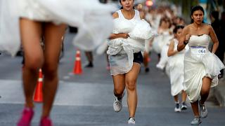 Thaïlande : la folle course au mariage