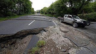 Depremler adaları birbirine yakınlaştırdı