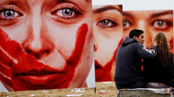 خشونت علیه زنان و سوء استفاده از آنها؛ انواع خشونت  و راههای مقابله