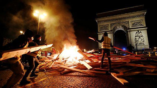تظاهرا جلیقهزرد ها در پاریس