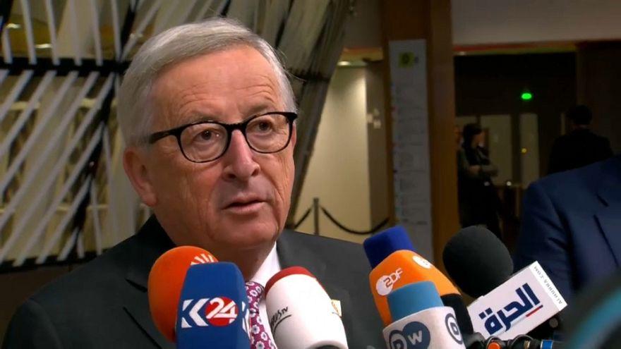 رئيس المفوضية الأوروبية جان كلود يونكر في افتتاح القمة الأوروبية في بروكسل
