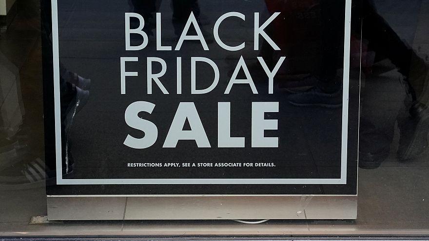 الجمعة السوداء: الأمريكيون أنفقوا 6.22 مليار دولار في الشراء عبر الانترنت