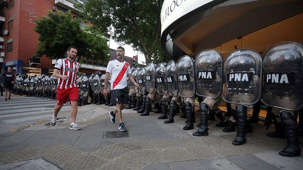 VİDEO | Arjantin'in 'dünya derbisi' öncesi sokaklar savaş alanına döndü
