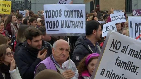 Ισπανία: Διαδηλώσεις κατά της ενδοοικογενειακής βίας