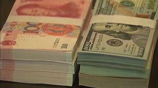 خبراء: أيام الدولار أصبحت معدودة.. فهل تحل العملة الصينية مكانه كعملة احتياطية؟