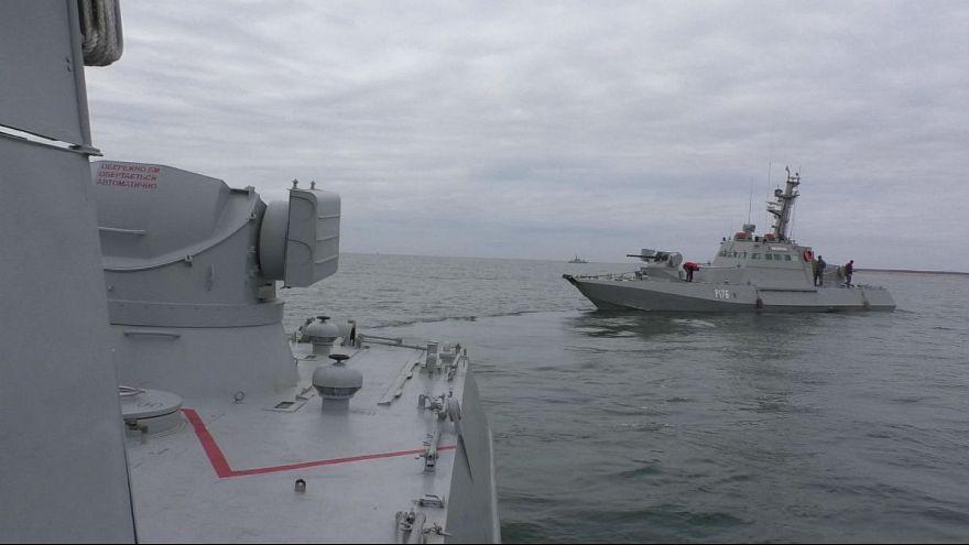 یک روز پس از توقیف سه شناور اوکراینی، روسیه تنگه کرچ را باز کرد