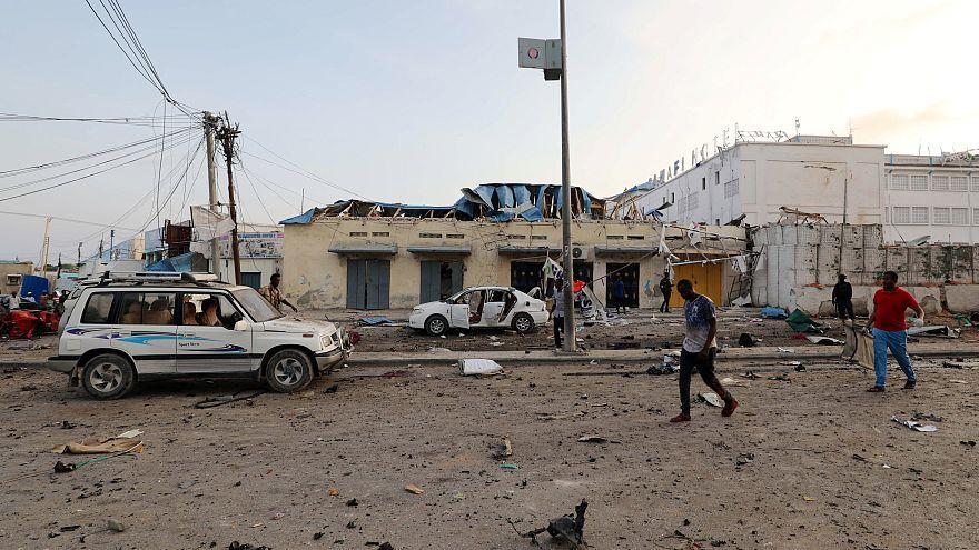 Somali'de din merkezine bomba yüklü araçla saldırı: En az 10 ölü
