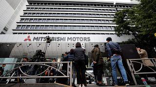 Τέλος ο Γκον και από τη Mitsubishi μετά την αποπομπή από τη Nissan