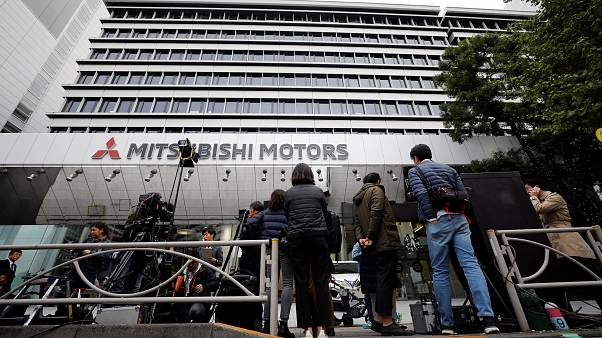 Mitsubishi también destituye a Ghosn como presidente