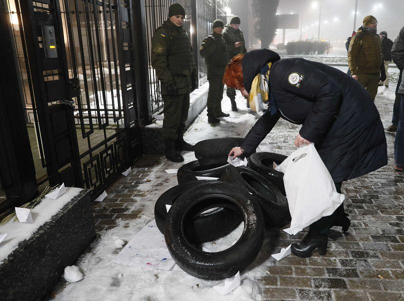 Moscou renforce sa présence militaire à la frontière ukrainienne