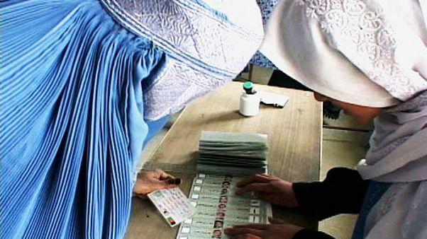 افغانستان احتمال تاخیر در برگزاری انتخابات ریاست جمهوری را بررسی میکند