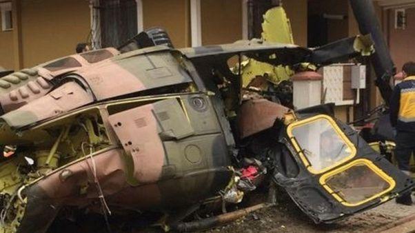 Video | İstanbul Sancaktepe'de askeri helikopter düştü: Dört asker hayatını kaybetti