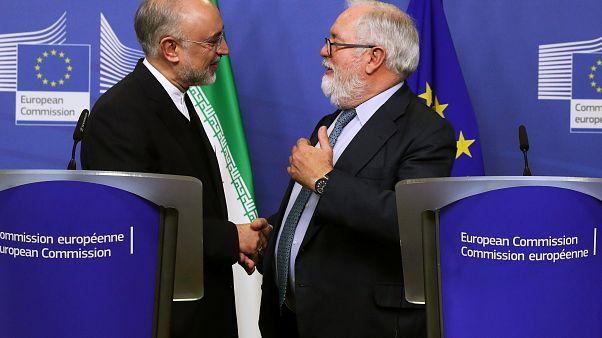 Bruselas y Teherán reiteran su compromiso con el acuerdo nuclear