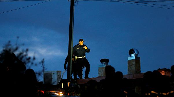 Mafia villas in Rome demolished in effort to rout organised crime from city