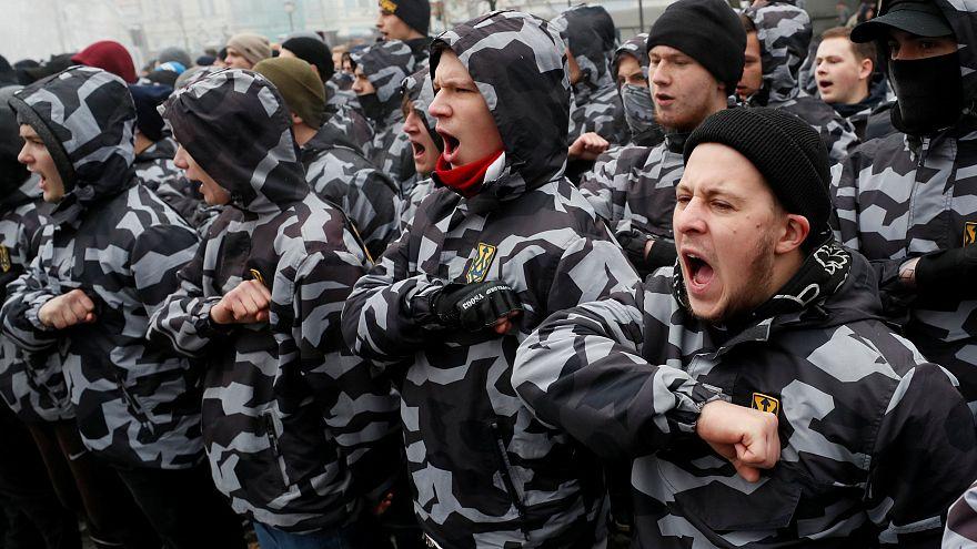 راهپیمایی شبه نظامیان گردان آزوف در کییف