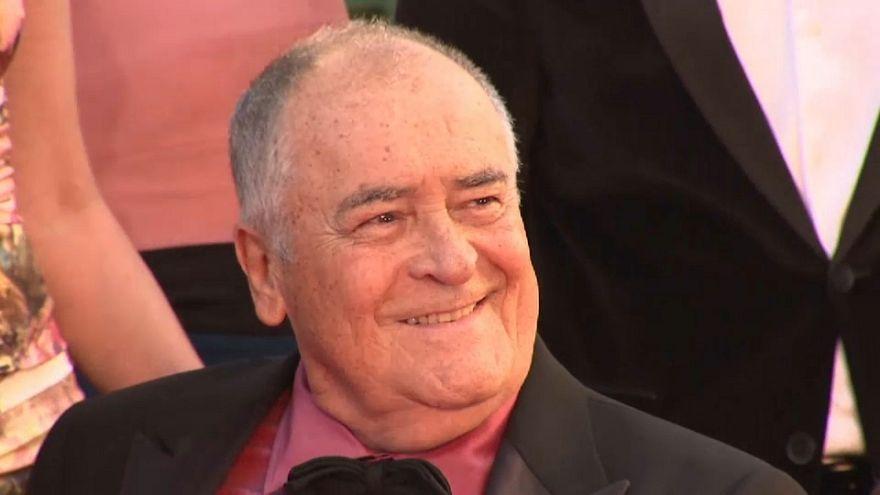 وفاة المخرج الإيطالي برناردو برتولوتشي عن 77 عاما
