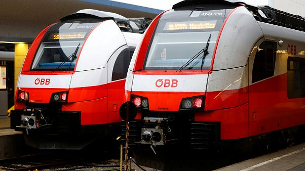 Απεργία παρέλυσε το σιδηροδρομικό δίκτυο