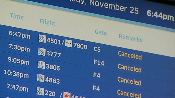 На Среднем Западе отменили сотни авиарейсов