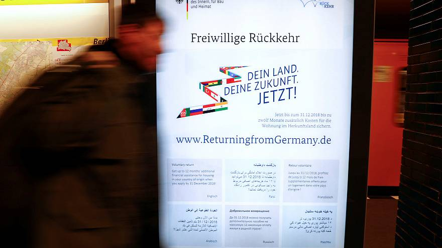 """""""العودة من ألمانيا"""" يغري طالبي اللجوء وسخط على وسائل التواصل الاجتماعي"""
