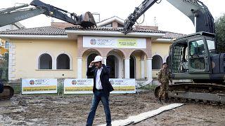 Matteo Salvini derriba las mansiones del clan Casamonica