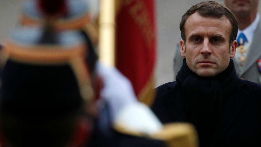 ماكرون يخشى على سمعة فرنسا من مشاهد المظاهرات