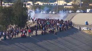 Απέλαση μεταναστών που προσπάθησαν να περάσουν τα σύνορα με τις ΗΠΑ