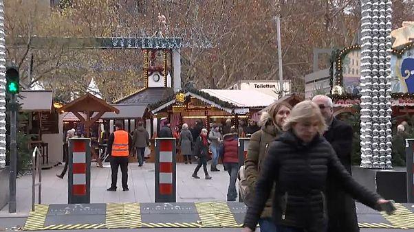 Szigorú biztonsági intézkedések a berlini vásárban