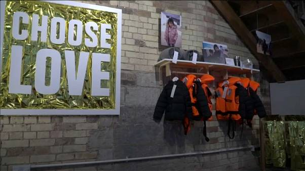 Christmas shop in aid of refugees pops back up in London