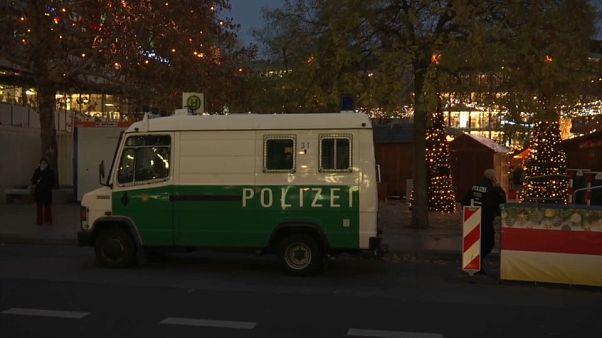 Szigorúan őrzik a berlini karácsonyi vásár területét