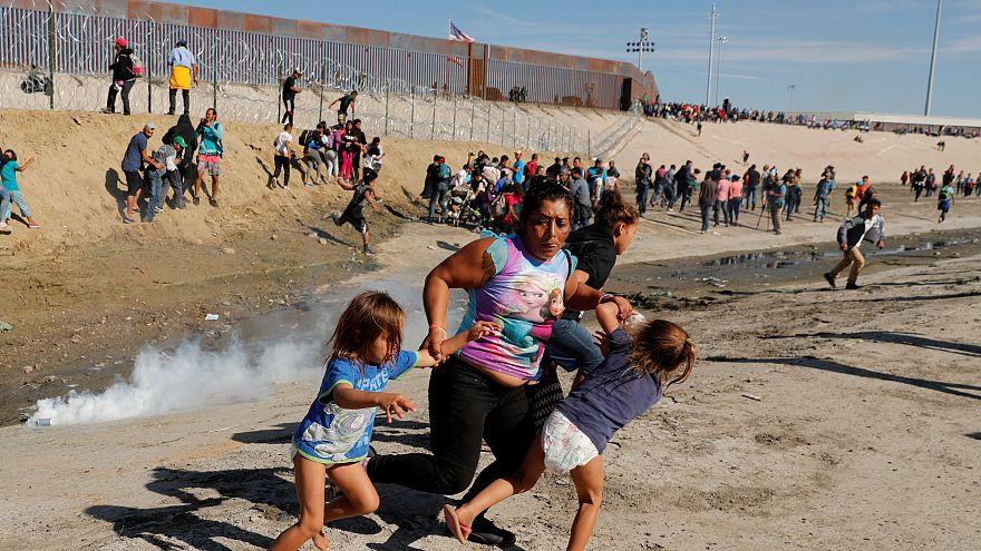 La frustración se instala en el campamento de migrantes centroamericanos en Tijuana
