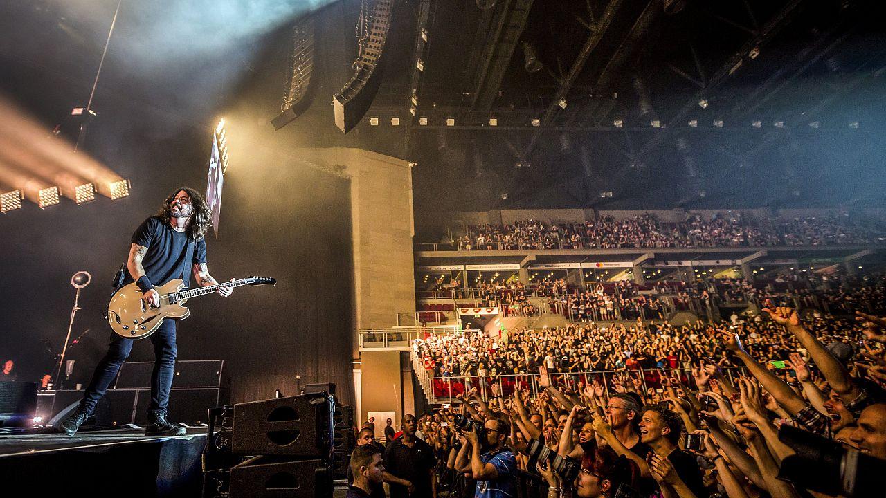 Dave Grohl az amerikai Foo Fighters együttes koncertjén Budapesten 2017-ben