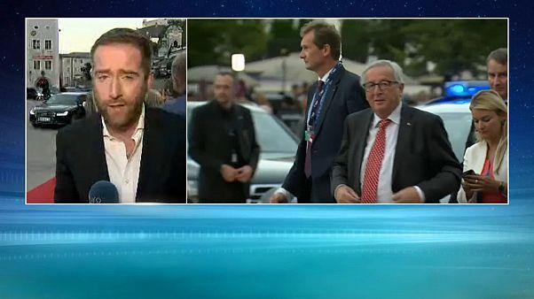 Theresa May à Salzbourg, à la recherche d'un compromis