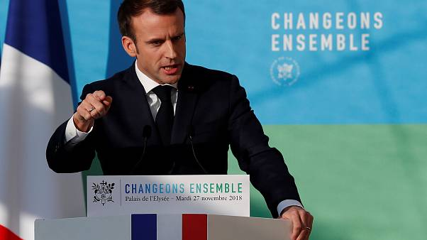 Γαλλία: Την ενεργειακή πολιτική του παρουσίασε ο Μακρόν, στη σκιά των διαδηλώσεων