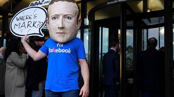 Dokuz ülkeden milletvekilleri Facebook'u demokrasiye zarar vermekle suçladı