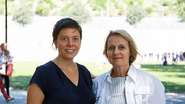 Lauriane Savoy and Elisabeth Parmentier, teachers at Geneva University