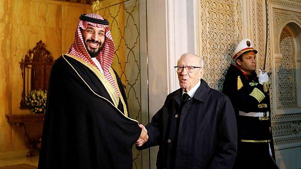 ولي العهد السعودي يقول للتلفزيون التونسي إن العلاقات بين المملكة وتونس جيدة