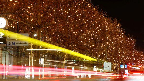 شاهد: احتفال بمرور 200 عام على أشهر ترانيم عيد الميلاد المسيحية