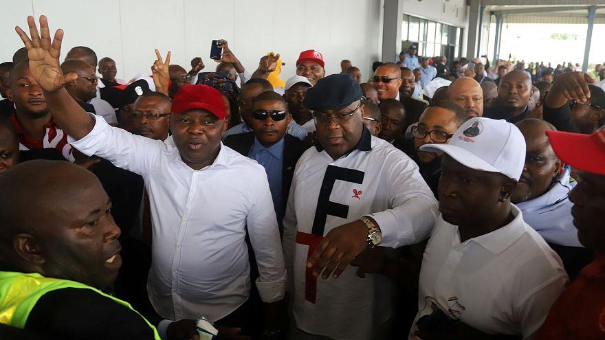 Félix Tshisekedi et Vital Kamerhe à l'aéroport de Kinshasa