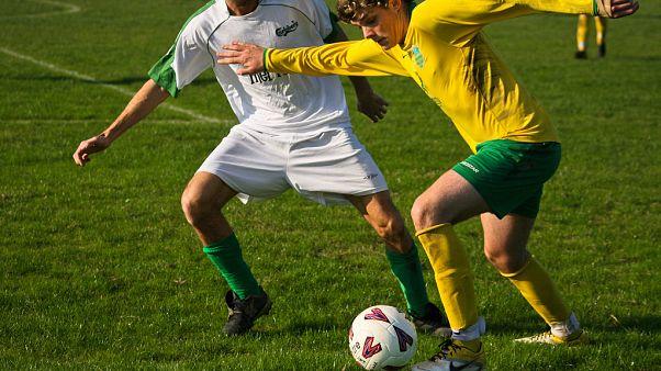 """İrlanda futbolunda skandal: Futbol takımı, sporcumuz """"öldü diye"""" maçlarını erteletti"""
